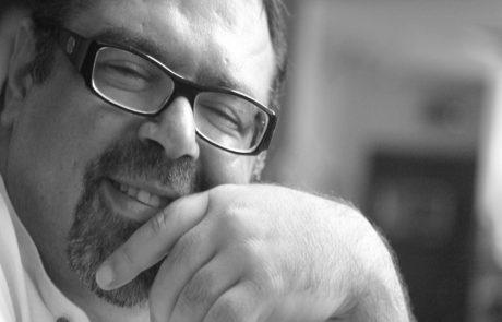 האיש והקריאייטיב • ראיון עם עופר ענו