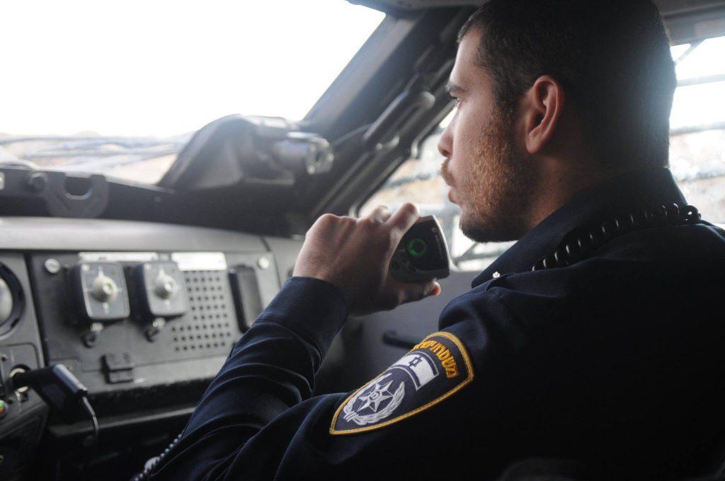 לא תאמינו כמה דוברים צריכה משטרת ישראל (רמז: 35) 1