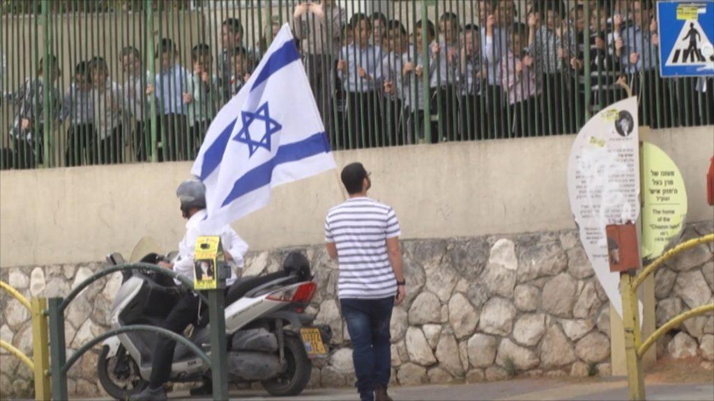 """גיא הוכמן ו'רשת' הכפישו וגולשים חרדים זעמו: """"סרטון השנאה של רשת מבוים"""" 1"""