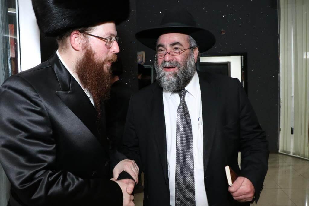 """יו""""ר בקהילה הרב לייבל פפר חיתן את בתו • גלריה 14"""
