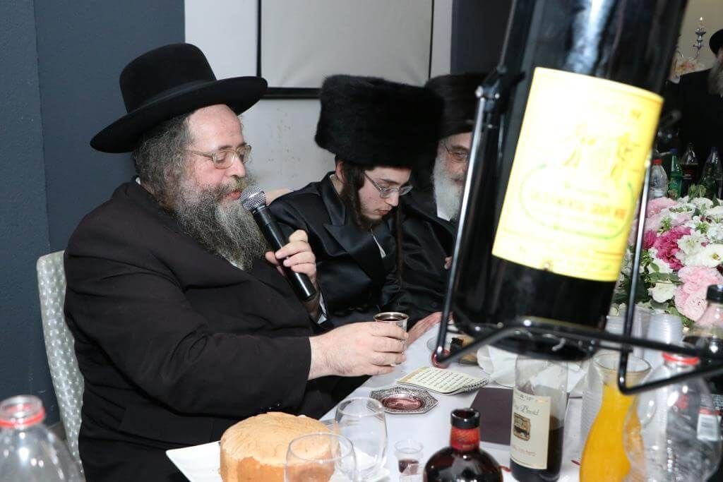 """יו""""ר בקהילה הרב לייבל פפר חיתן את בתו • גלריה 49"""